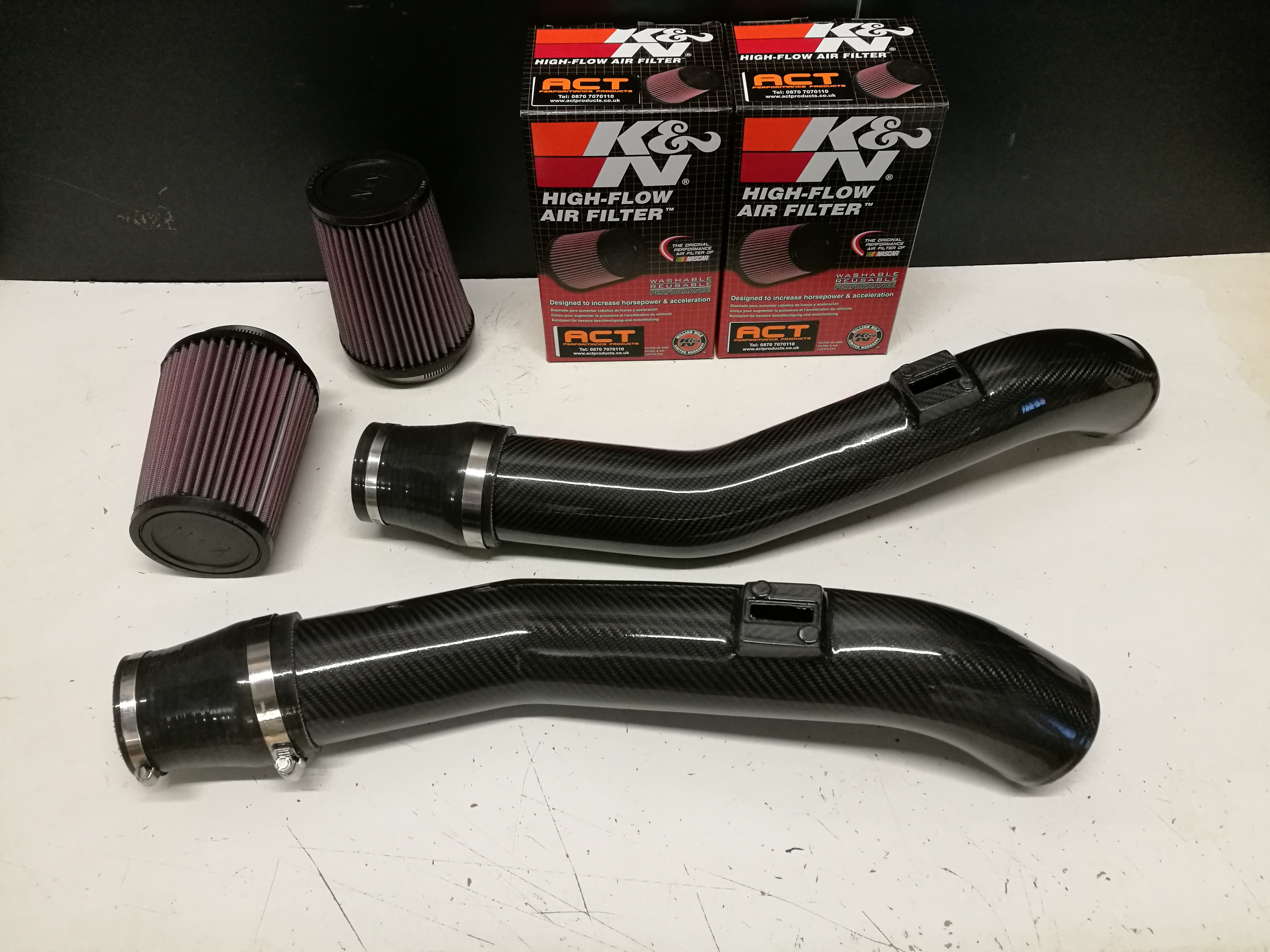 Carbon fibre intake kits, plenums & airboxes